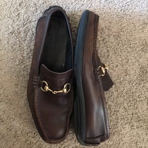 GUCCI brown leather loafers dress shoes horsebit